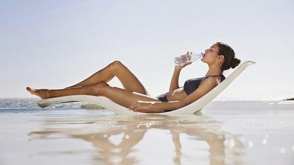 beber-agua-verano