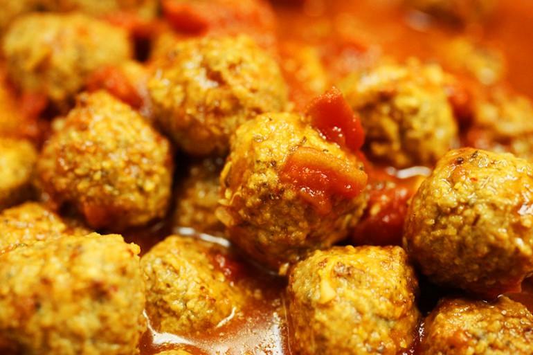 receta de albondigas con tomate para hacer con niños